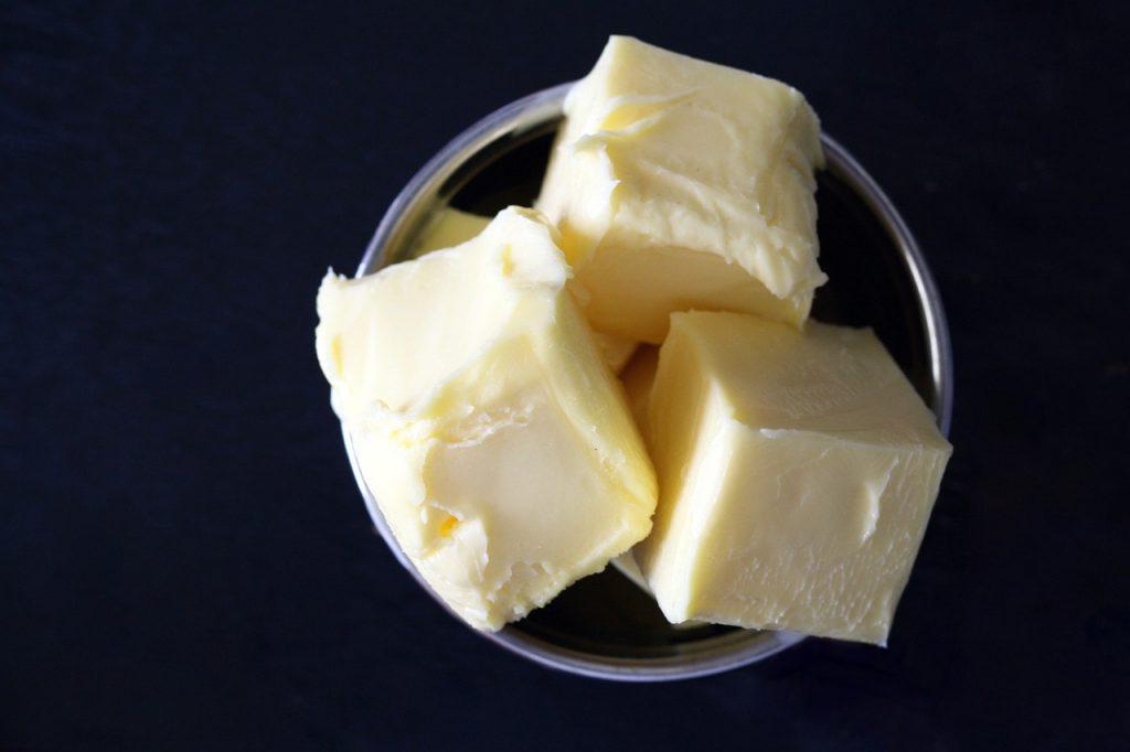 Tłuszcze, których nie powinno się używać do smażenia