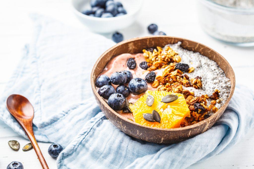 Czy to, jak jesz ma wpływ na miesiączkowanie?
