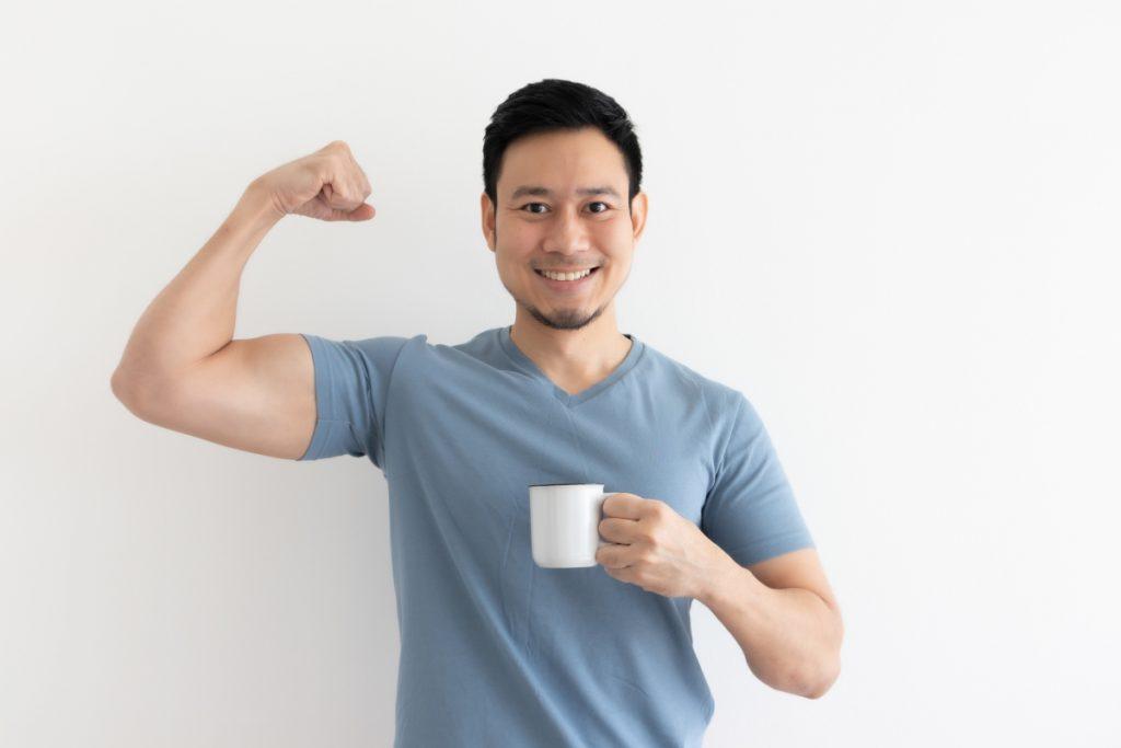 Pobudzająca kofeina – naturalna przedtreningówka?