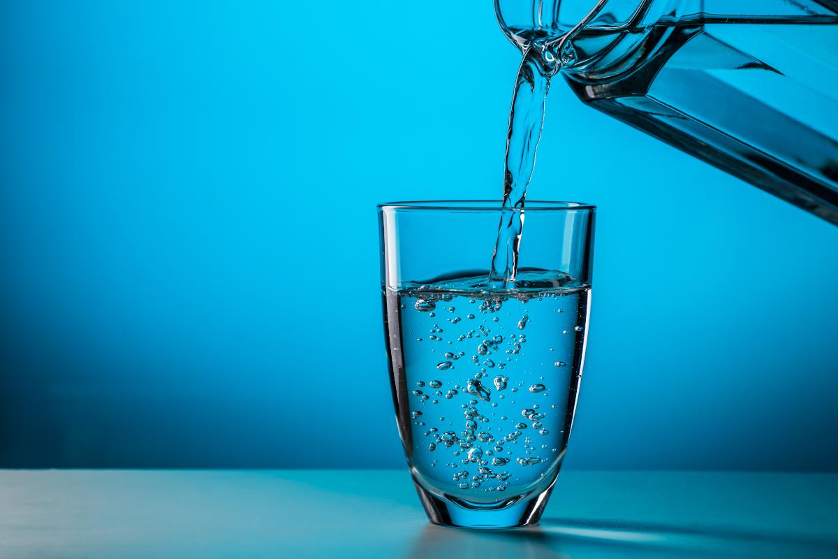 Jakie korzyści płyną z picia wody?