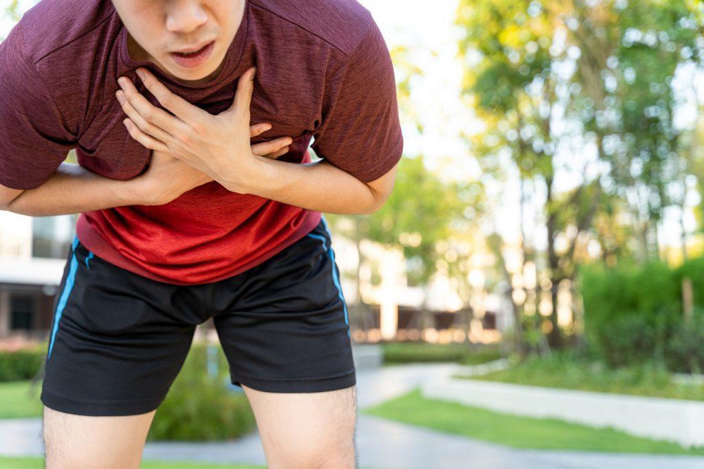Trening w czasie choroby - kiedy nie zaleca się ćwiczyć?