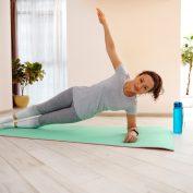 Rozstęp mięśni prostych po porodzie – co możesz zrobić?