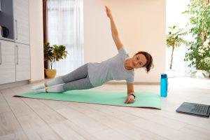 Rozstęp mięśni prostych po porodzie - co możesz zrobić?